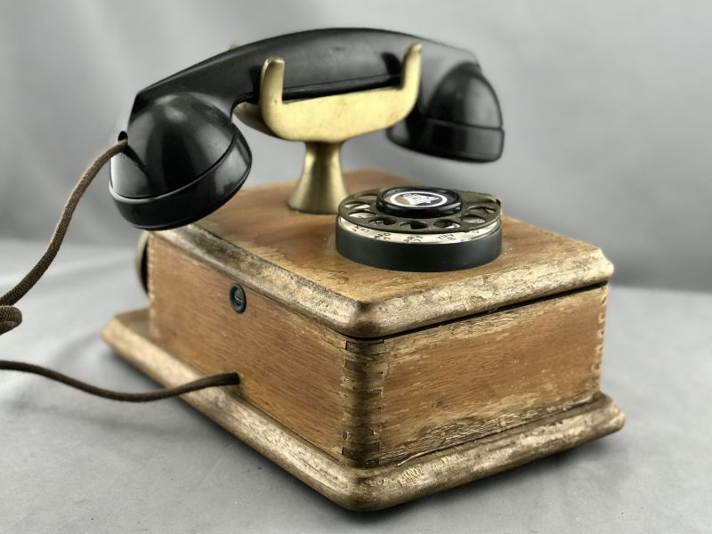 Oldphoneworks :: Antique Phones