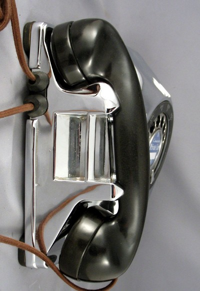 Connecticut Wall phone - Chrome Front View