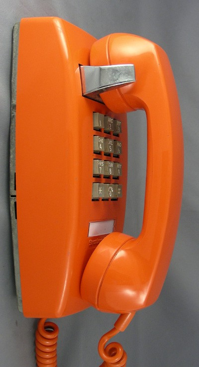 Stromberg Carlson mini 2554 - Orange Front View