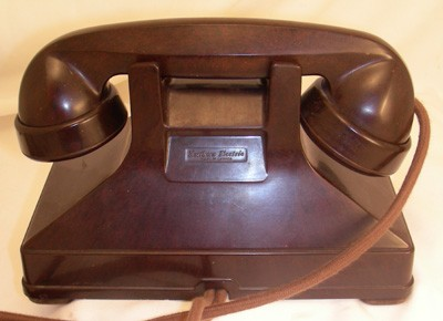 Northern Electric Model No. 1 Combined Deskset - Brown Front View