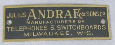 Julius Andrae & Sons Badge