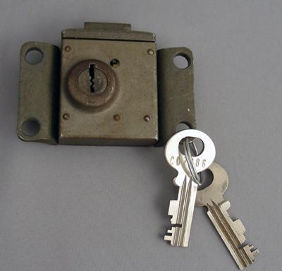 Western Electric 14 vault lock and key set